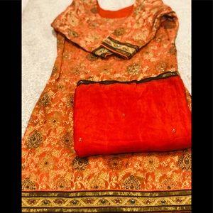 🎉Final price🎉Beautiful orange 3 piece outfit